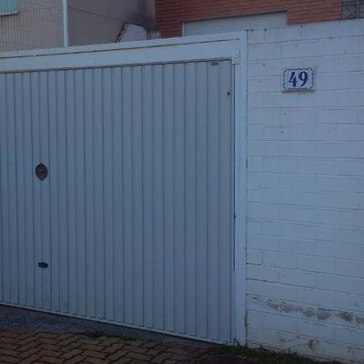 Instalar puerta de garaje met lica zaragoza zaragoza for Puerta garaje metalica