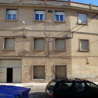 Pintar fachada de mi casa de fuentes de ebro zaragoza for Presupuesto pintar fachada chalet