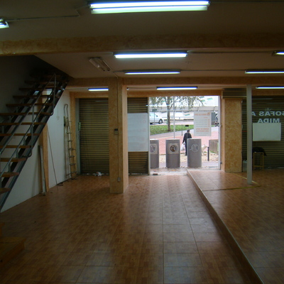 Poner 40 m2 de suelo t cnico en un local barcelona - Suelos tecnicos precios ...