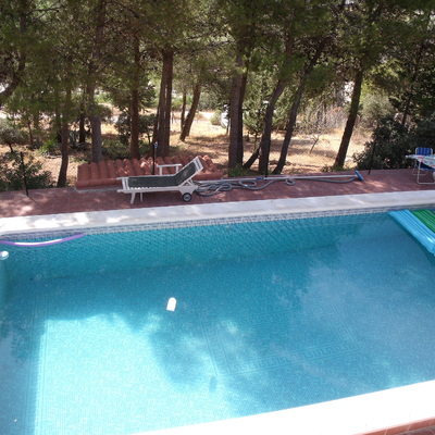 Solucionar fuga en piscina megatin torredelcampo ja n for Piscina jaen