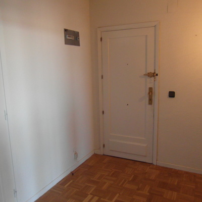 Pintar piso incl terraza y tendedero madrid madrid for Pintar entrada piso