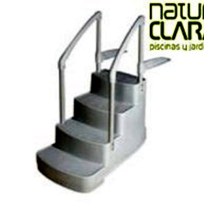 Instalar escalera portatil en piscina cedillo del for Instalar piscina precios