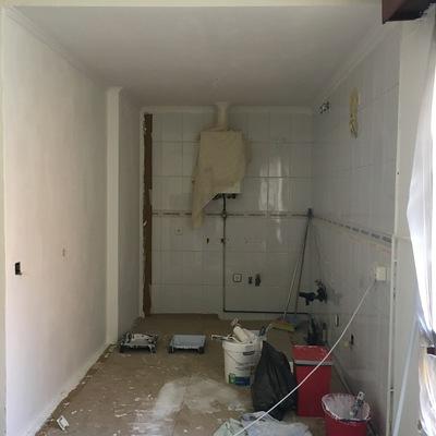 Sacar punto de luz por falso techo y encastrar enchufe for Puntos de luz vivienda