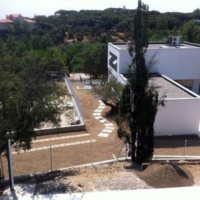 Planificacion y instalacion de jardin torrelodones for Disenar jardin online