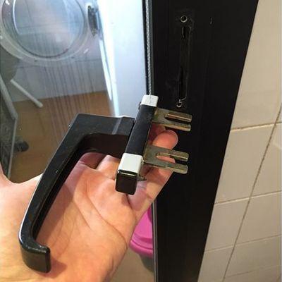 Cambio manilla puerta aluminio madrid madrid habitissimo - Manilla puerta aluminio ...