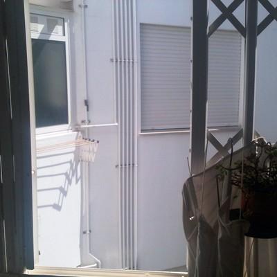 Instalar mosquiteras y cerramiento con ventanal en la - Cerrar galeria ...