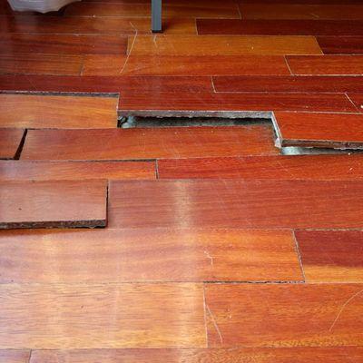 Como arreglar parquet cul es la diferencia entre parquet - Como reparar piso de parquet rayado ...