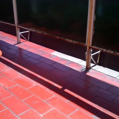 Quitar azulejos de una terraza y poner nuevos bilbao - Albaniles bilbao ...