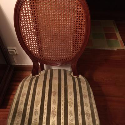 Tapizado sillas de comedor cl sicas arganzuela madrid madrid habitissimo - Presupuesto tapizar sillas ...