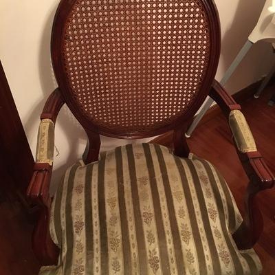 Precio tapizar sillas o butacas habitissimo - Presupuesto tapizar sillas ...