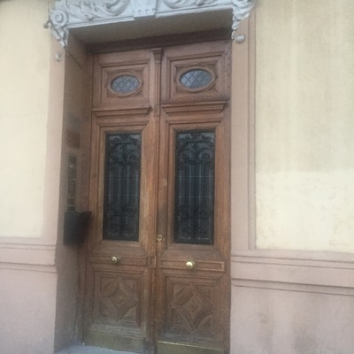 Restaurar puerta madera portal madrid atocha madrid for Cuanto vale una puerta de madera
