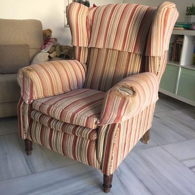 Tapizar sill n orejero san juan de aznalfarache sevilla habitissimo - Precio tapizar sillon orejero ...