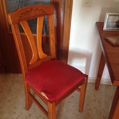 Tapizar sillas san fernando c diz habitissimo for Tapizar sillas precio