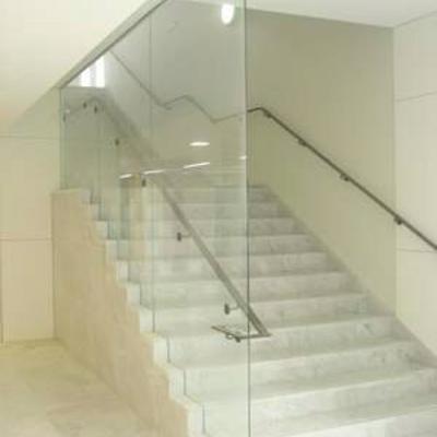 Cristal para barandilla de escalera en una casa zaragoza zaragoza habitissimo - Barandilla cristal escalera ...