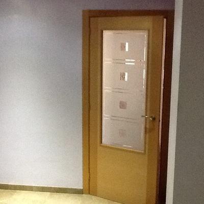 Convertir puerta abatible a corredera manises valencia for Puertas correderas valencia