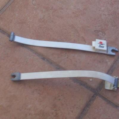 Arreglar un toldo cofre llaza san pedro alc ntara for Reparar brazo de toldo