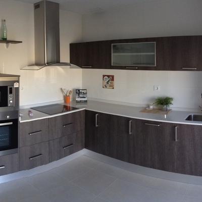 Dise ar instalar cocina pareado obra nueva rivas for Disenar cocina online