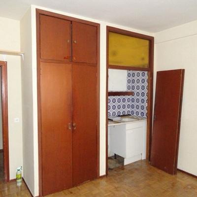 Reforma integral, cuarto de baño más pequeño, hacer mini cocina ...