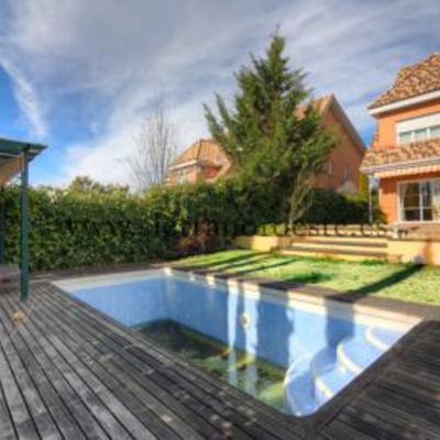 Precio mantenimiento piscina unifamiliar en madrid for Precio mantenimiento piscina
