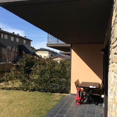 Instalar toldo en terraza puigcerd girona habitissimo for Presupuesto toldo terraza
