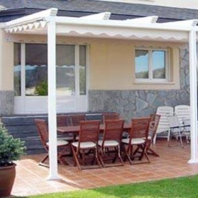 Pergola aluminio blanco tomares sevilla sevilla for Pergolas aluminio precios