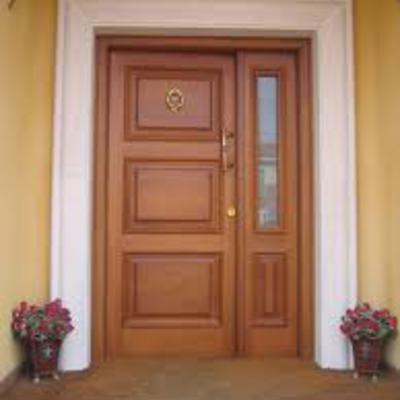 Restaurar puerta entrada casa madera aldaia valencia for Puerta entrada madera