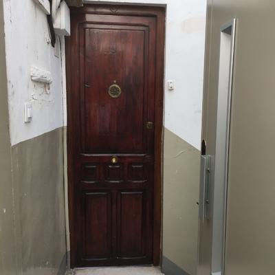 Restaurar y reparar puerta antigua de madera valencia for Restaurar puertas de madera interior