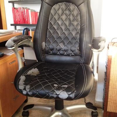 Tapizar silla de oficina - Valencia (Valencia) | Habitissimo