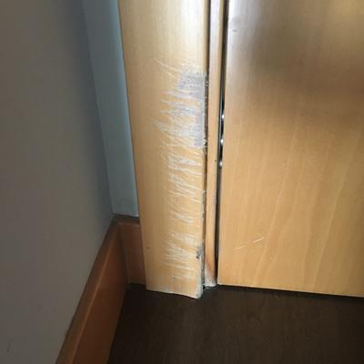Cambiar moldura marco puerta + trozo de rodapié - Madrid (Madrid ...