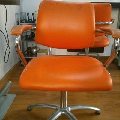 Tapizar sillas peluqueria valencia valencia habitissimo - Presupuesto tapizar sillas ...