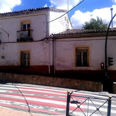 Enfoscar y pintar fachada casa unifamiliar los santos de for Presupuesto pintar fachada chalet