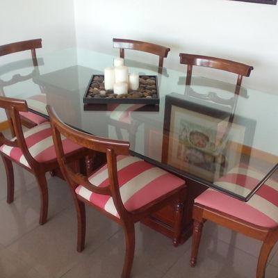 Pintar muebles de comedor en blanco envejecido barcelona for Muebles de comedor barcelona