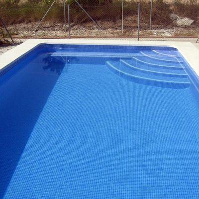 Piscina exterior burguillos sevilla habitissimo for Precios de piscinas de obra