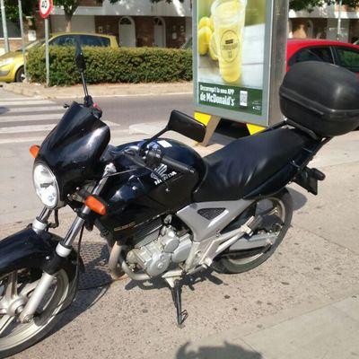 Tapizar asiento de moto honda cbf 250 l 39 eixample barcelona habitissimo - Tapiceros en barcelona ...