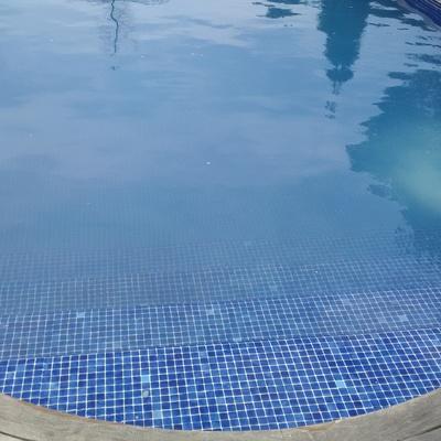 Mantenimiento piscina mas altaba ma anet de la selva for Mantenimiento piscina agua salada