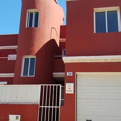 Pintar casa exterior ingenio las palmas habitissimo - Presupuesto pintar casa ...