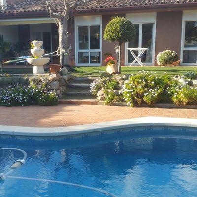 Valla piscina en suelo irregular sant quirze del vall s - Piscina sant quirze ...