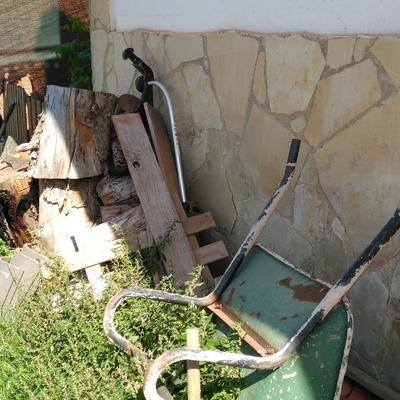 Limpieza terreno y retirada maderas vallirana barcelona - Trabajo en vallirana ...