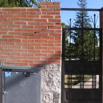 Reparacion muro exterior de ladrillo visto urbanizacion - Muros de ladrillo visto ...