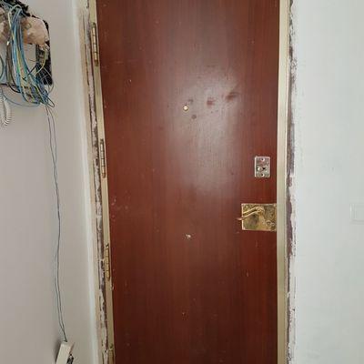 Cambiar chapa puerta acorazada lado interior plaza callao madrid madrid habitissimo - Puerta acorazada madrid ...