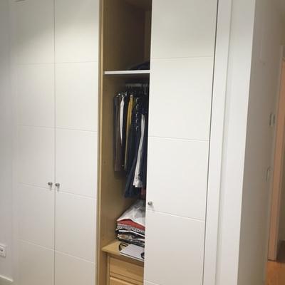 Reparar puerta de armario de madera madrid madrid for Puertas de madera madrid