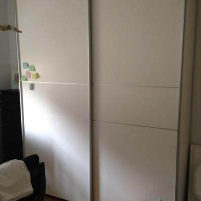 Desmontar y montar armario puertas correderas sant gervasi barcelona barcelona habitissimo - Montar puerta corredera ...