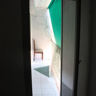 Pintar piso completo y reparar 1 persiana mollet del for Precio pintar piso