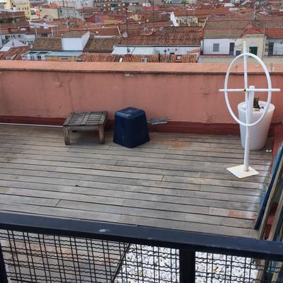 Lijar suelo tarima y barnizar madera terraza exterior 40m2 for Poner suelo terraza exterior