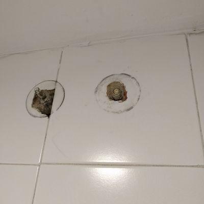 Cambiar dos llaves de paso agua en un ba o madrid for Cambiar llave de paso empotrada