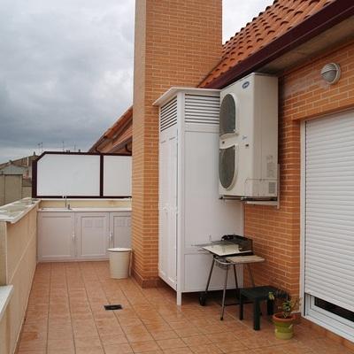 Armario de aluminio para exterior urgel madrid madrid for Mueble para lavadora