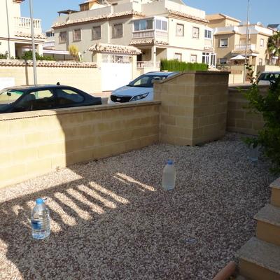 Pavimento en el jardin 84 m2 ciudad quesada alicante habitissimo - Pavimento jardin ...