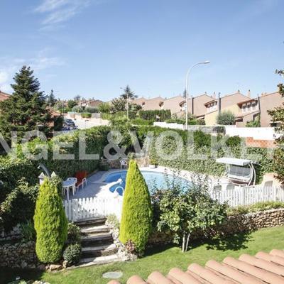 Rehacer escalones de acceso de jard n a zona de piscina - Piscina sant quirze ...