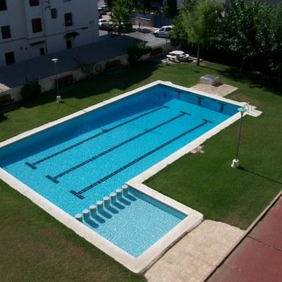 Poner grsite en piscina bara tarragona habitissimo for Piscina alcover