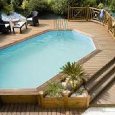 Piscina madera semienterrada con plataforma tb en madera for Plataforma para piscina